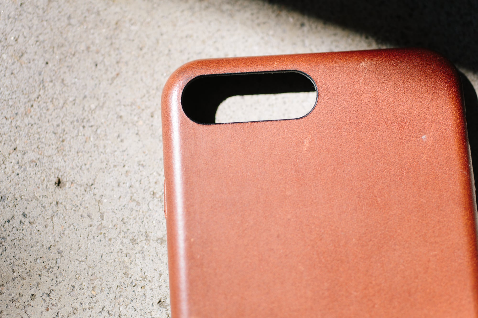 QUICK REVIEW: The NOMAD Leather iPhone 7 Plus Case Beats